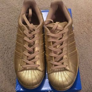 Adidas Gold Superstar Size 7 Shoes